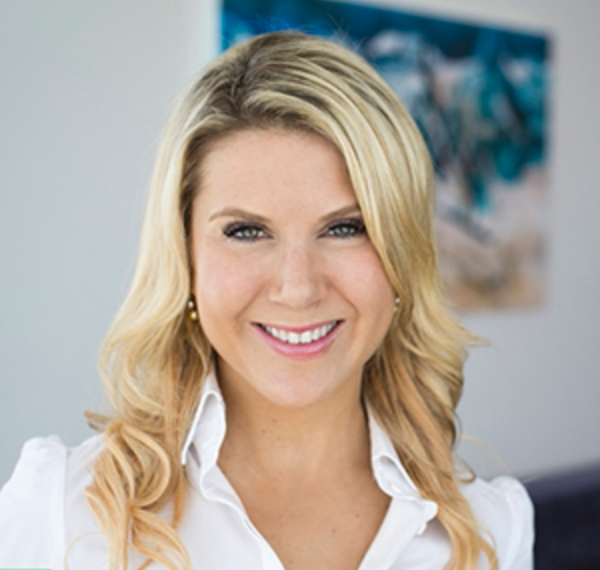 Corporate_photography_Dubai_Louise_Shrigley